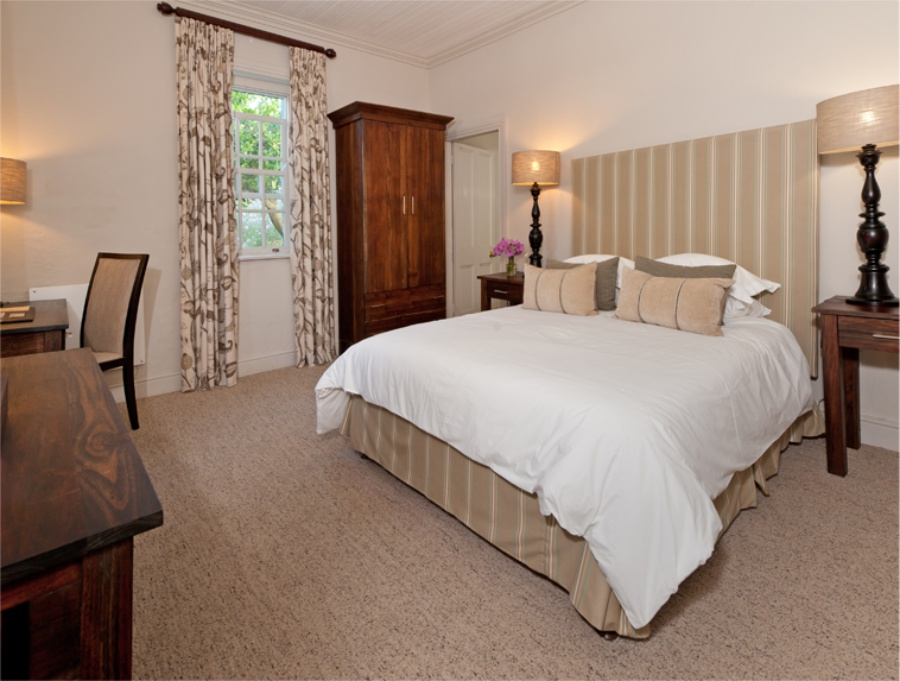 Riversdale Accommodation - Luxury Rooms